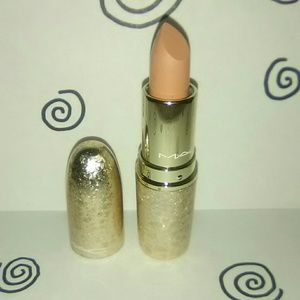 """Creme D'Nude"" Mac Snowball Lipstick"